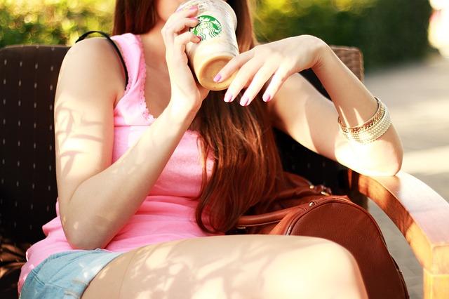 Tips Nongkrong Murah Seharian di Starbucks